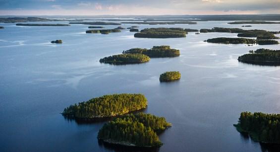 VisitFinland_lakes
